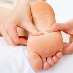 ماساژ پاها قبل از خواب چه فوایدی دارد؟